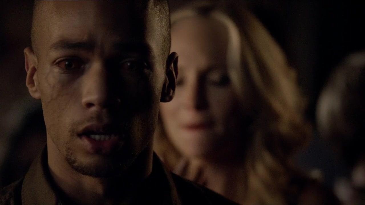 "The Vampire Diaries Season 5, Episode 8: ""Dead Man on ..."